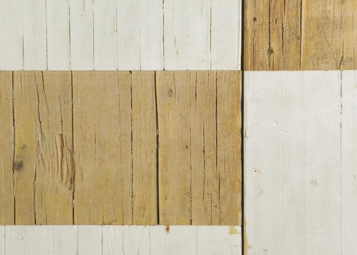 armadio artigianale in legno di recupero
