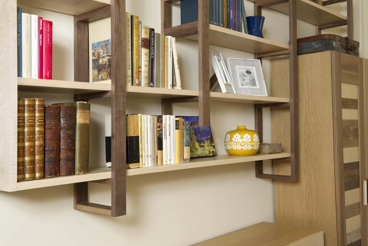 librerie in legno massello moderne