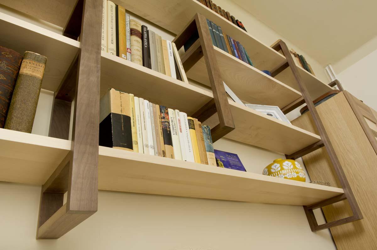 libreria solo legno chiaro massello naturale