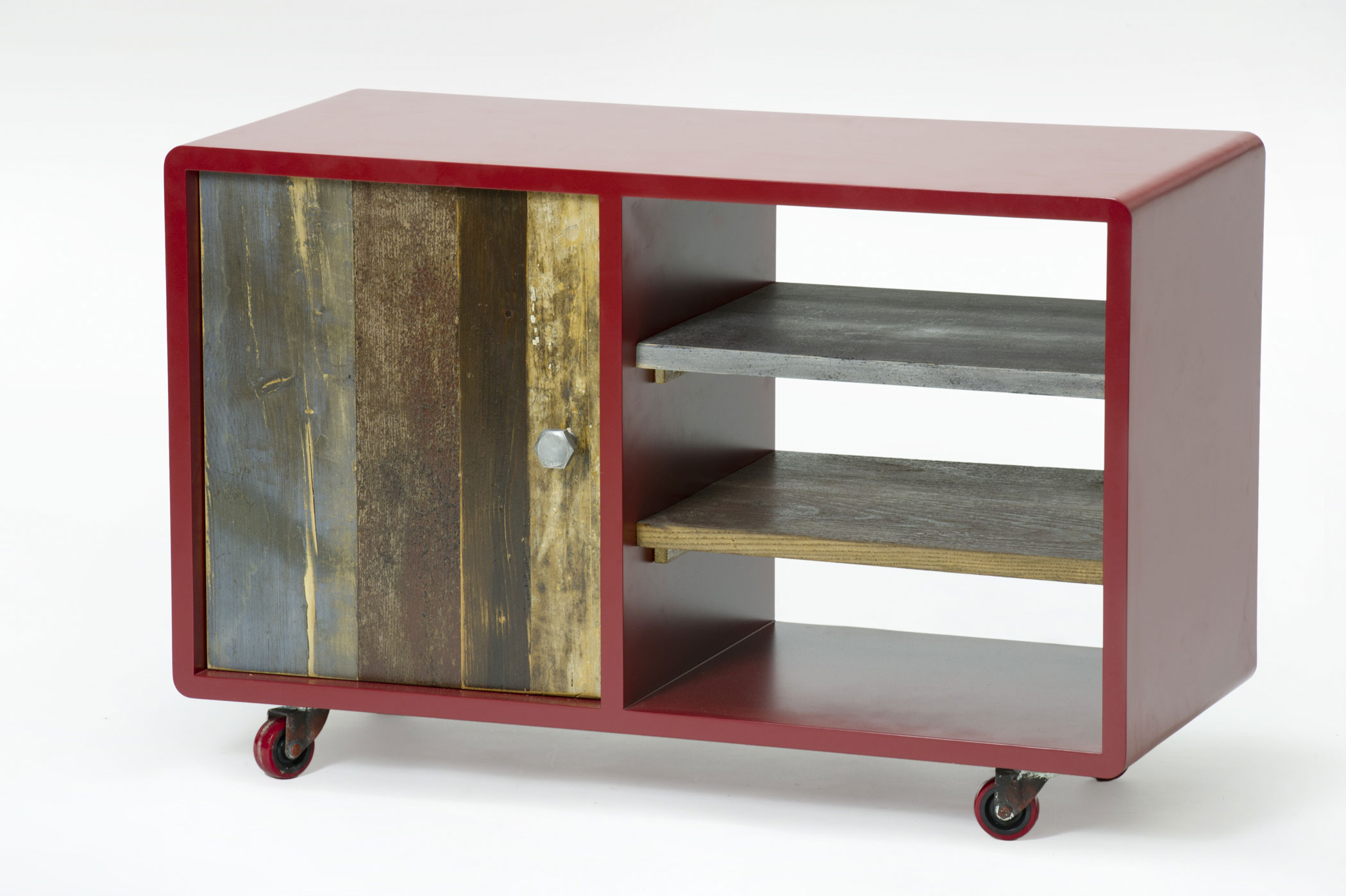 Carrello libreria con ruote. Legno coperto di resina grigia e sportellone in diversi tipi di legno vintage colorato.