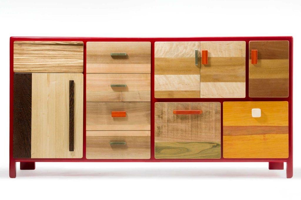Credenza Patchwork in legno massello lasciato al naturale