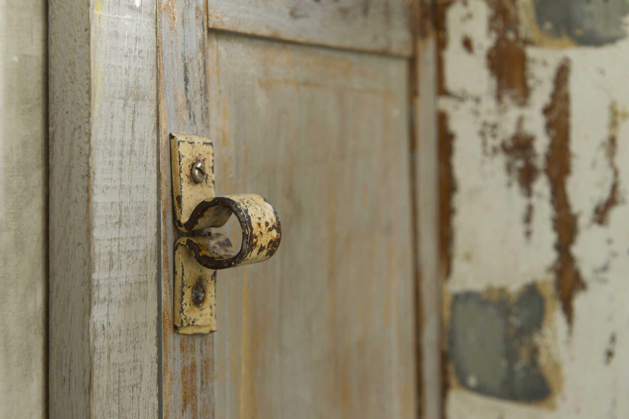 sportello cucina artigianale in legno di recupero vintage controprogetto
