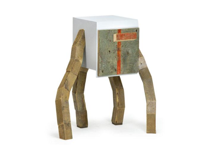 Mobile con legno di riciclo
