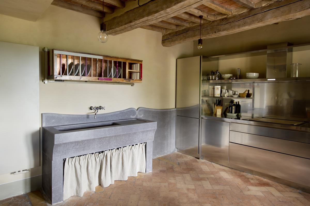 cucina rustica e design contemporaneo