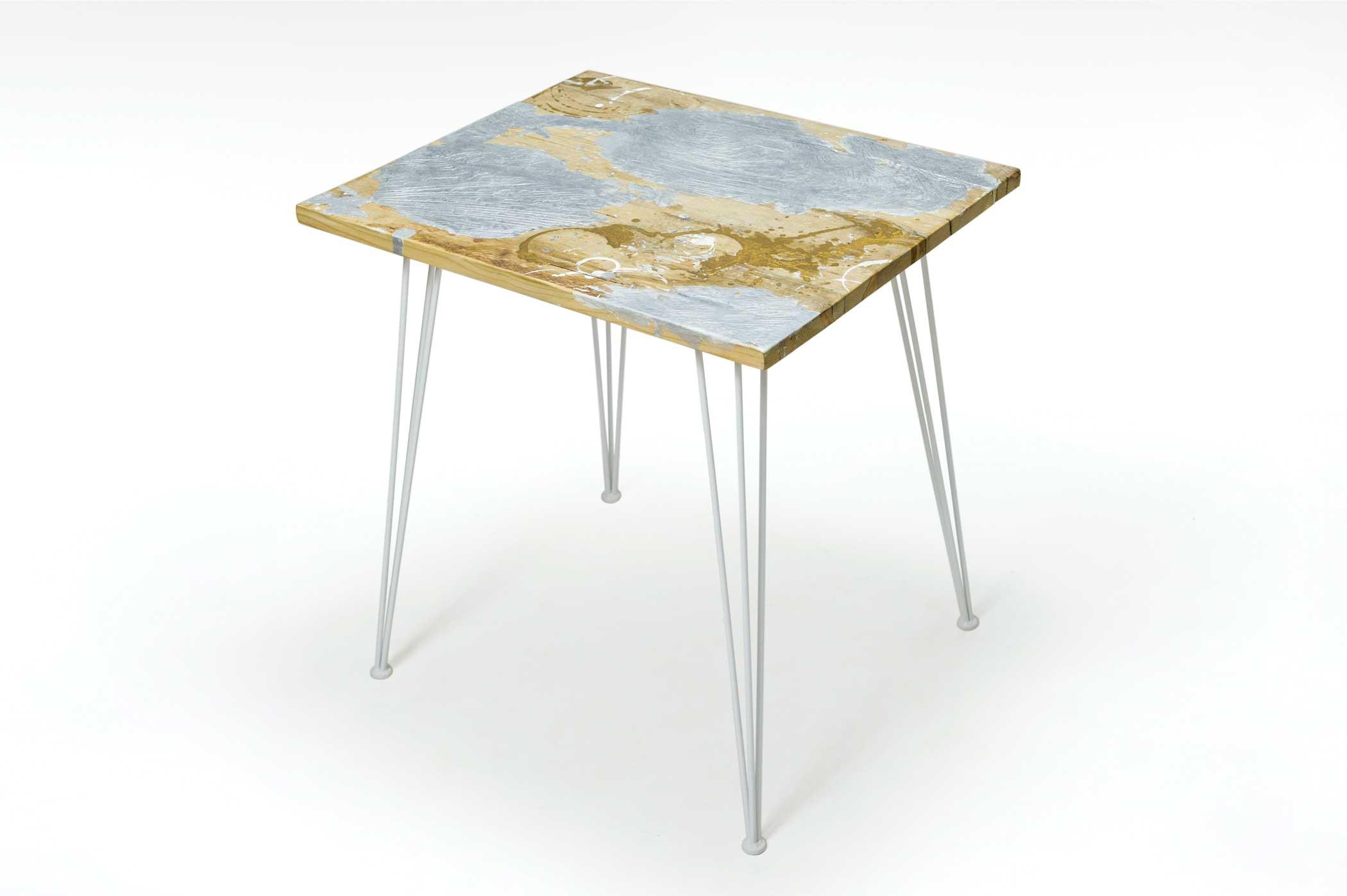 Top tavoli su misura in resina per locali pubblici