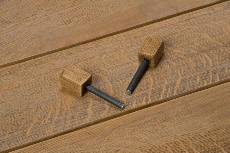 tavolo in legno di recupero e rovere massello