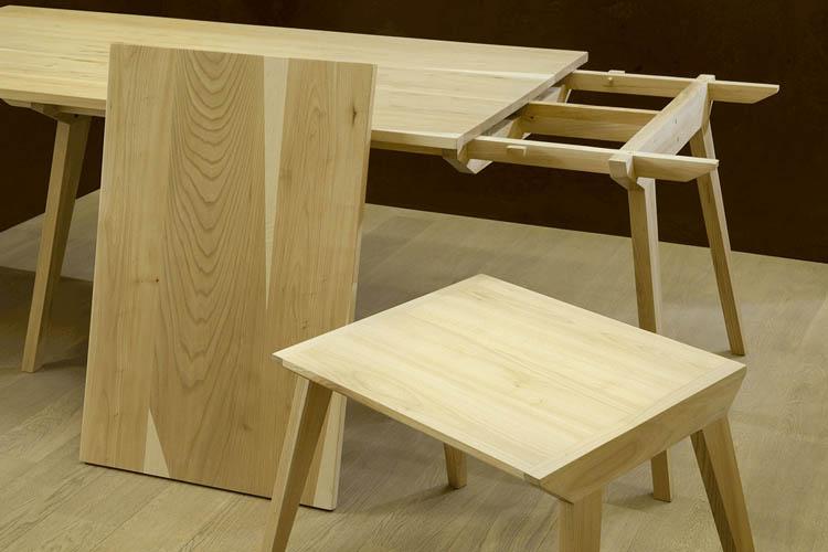 tavolo di design mimnimal in legno massello di olmo