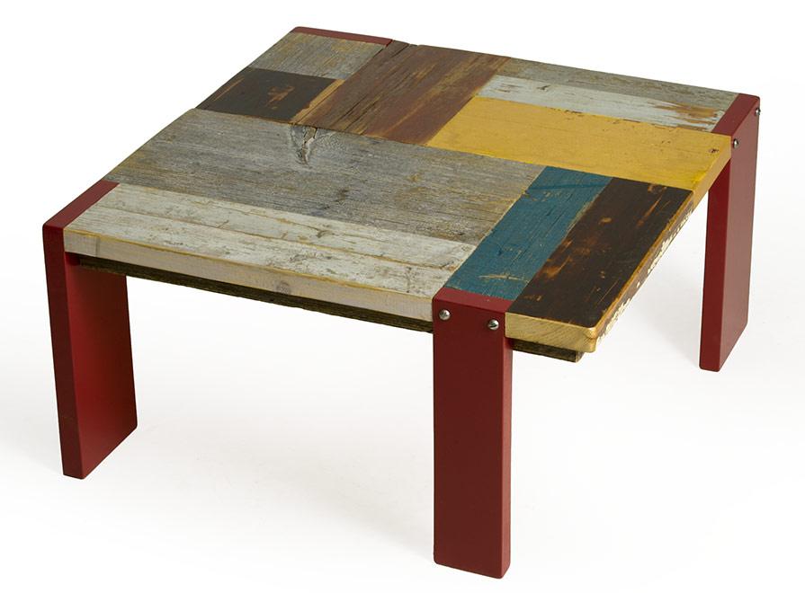 Tavolini bassi in legno di recupero colorato laccatura rossa