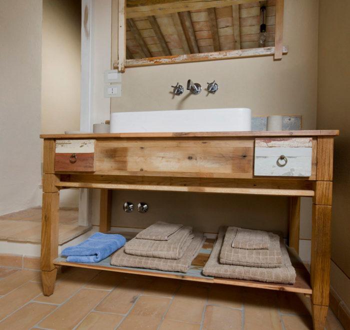 falegnameria design contemporaneo legno di recupero mobile bagno