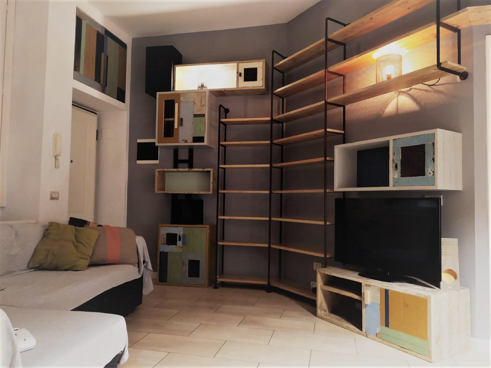 Lo Space Senza Pareti arredare con il ferro e il legno: stile industriale attuale