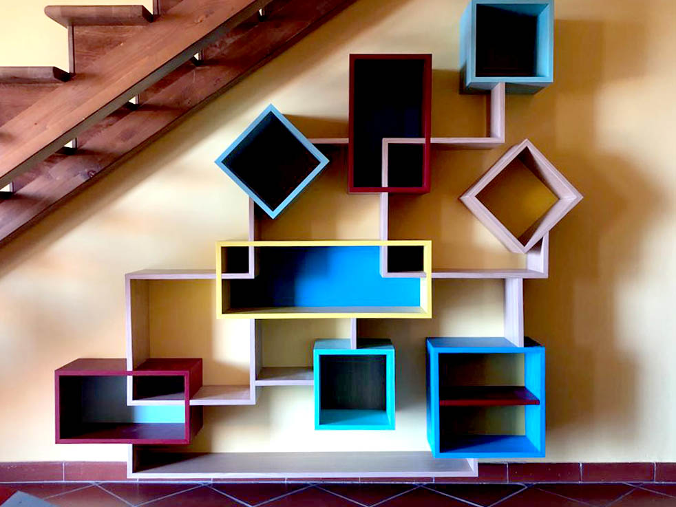 parete attrezzata moderna colorata
