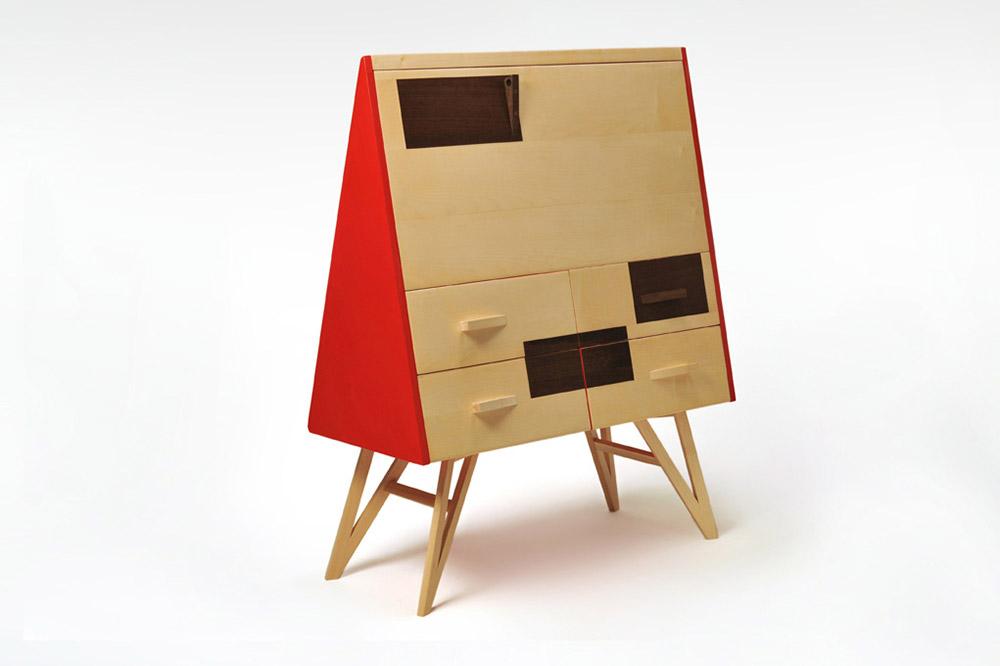 scrittoio in legno massello con cassetti wenge e laccatura rossa