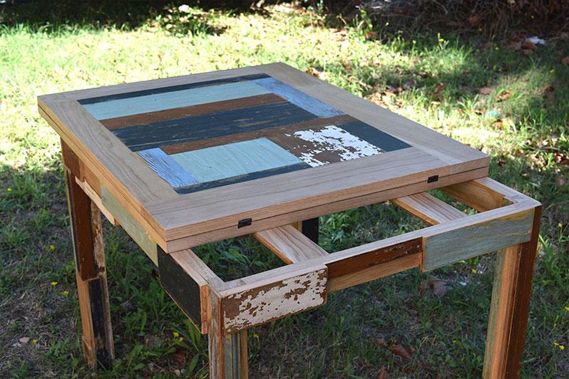 tavolo allungabile quadrato con legno di recupero