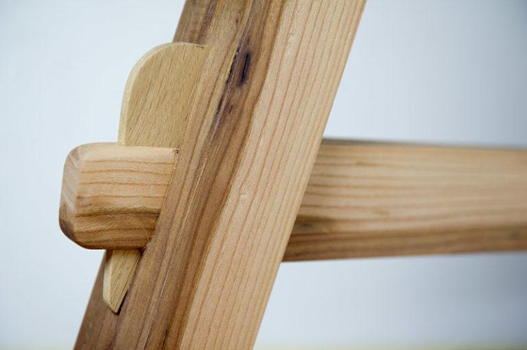 tavolo in legno massello classico