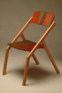 Sedia in legno con schienale basculante. Disegno e design originale de Laquercia21