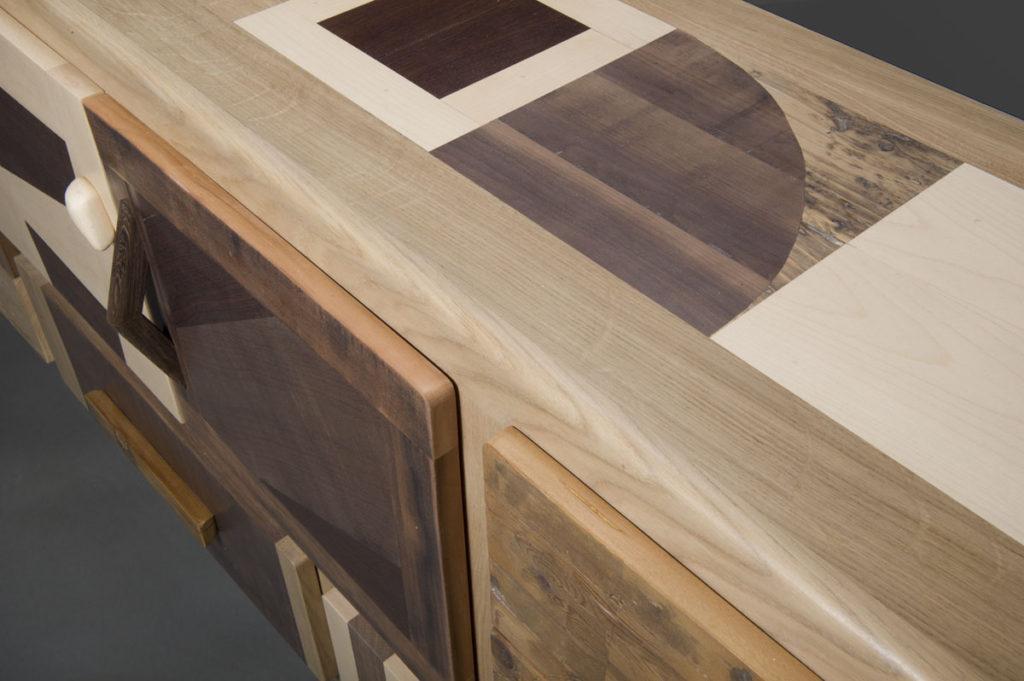 Madia soggiorno e sala da pranzo in toni scuri e chiari in legno fatto a mano