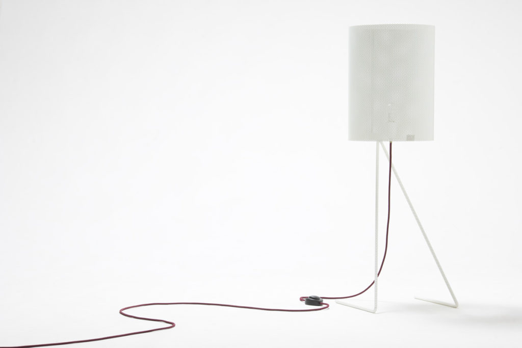lampada da tavolo ferro bianco