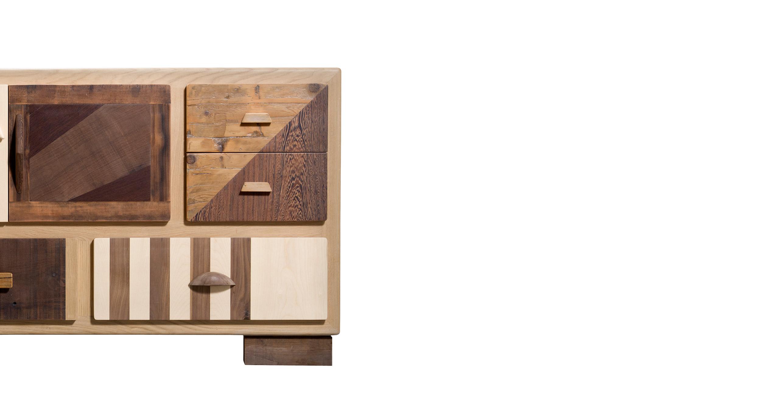 madia in legno massello moderna e legno di recupero chiaro e scuro