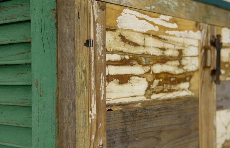 ante in legno scrap vintage rigenerato