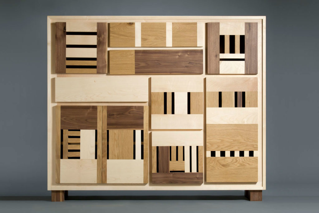 credenza rettangolare alta in legno massello gusto contemporaneo senza maniglie