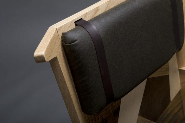 Poltrona Gufo bergere contemporanea in legno