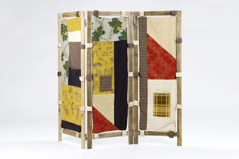 separe in tessuto patcwork vintage e legno di recupero