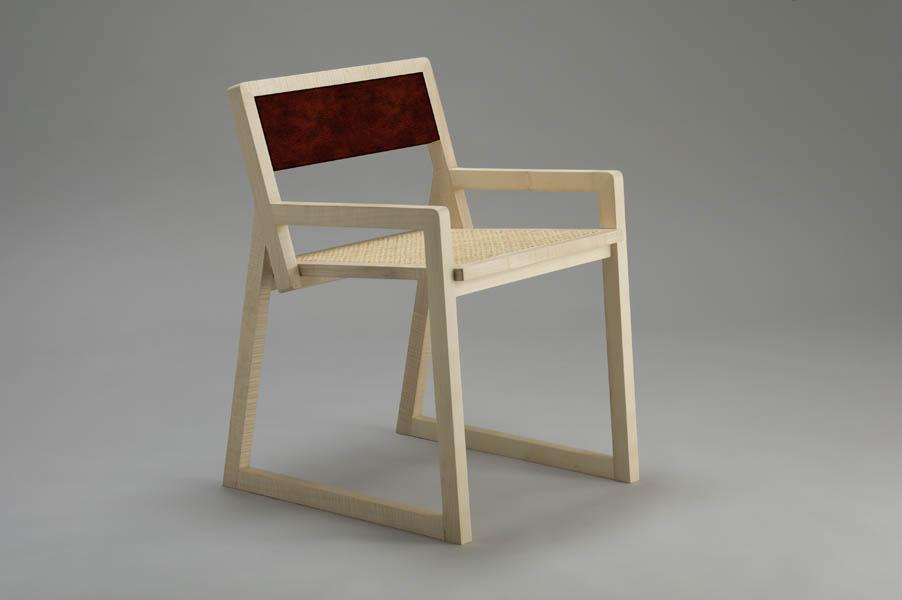 sedia in legno massello di acero e paglia di Vienna design contemporaneo