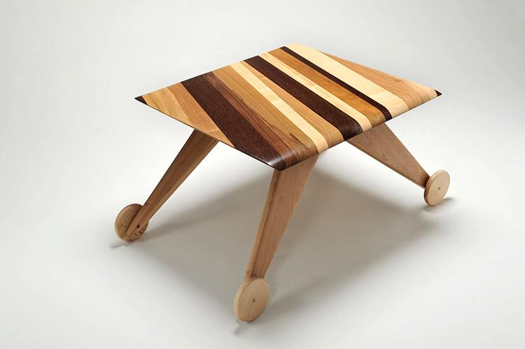 tavolino basse con ruote legno massello