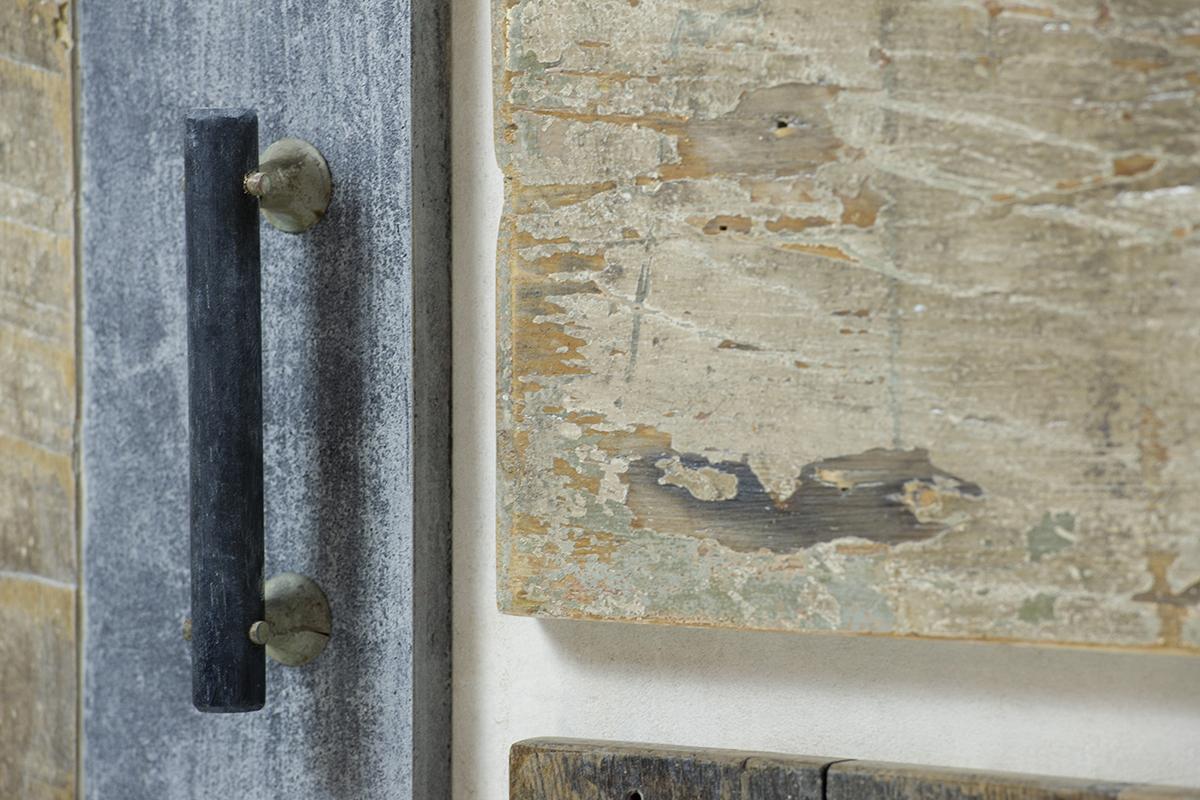 resina e legno di recupero credenza artica