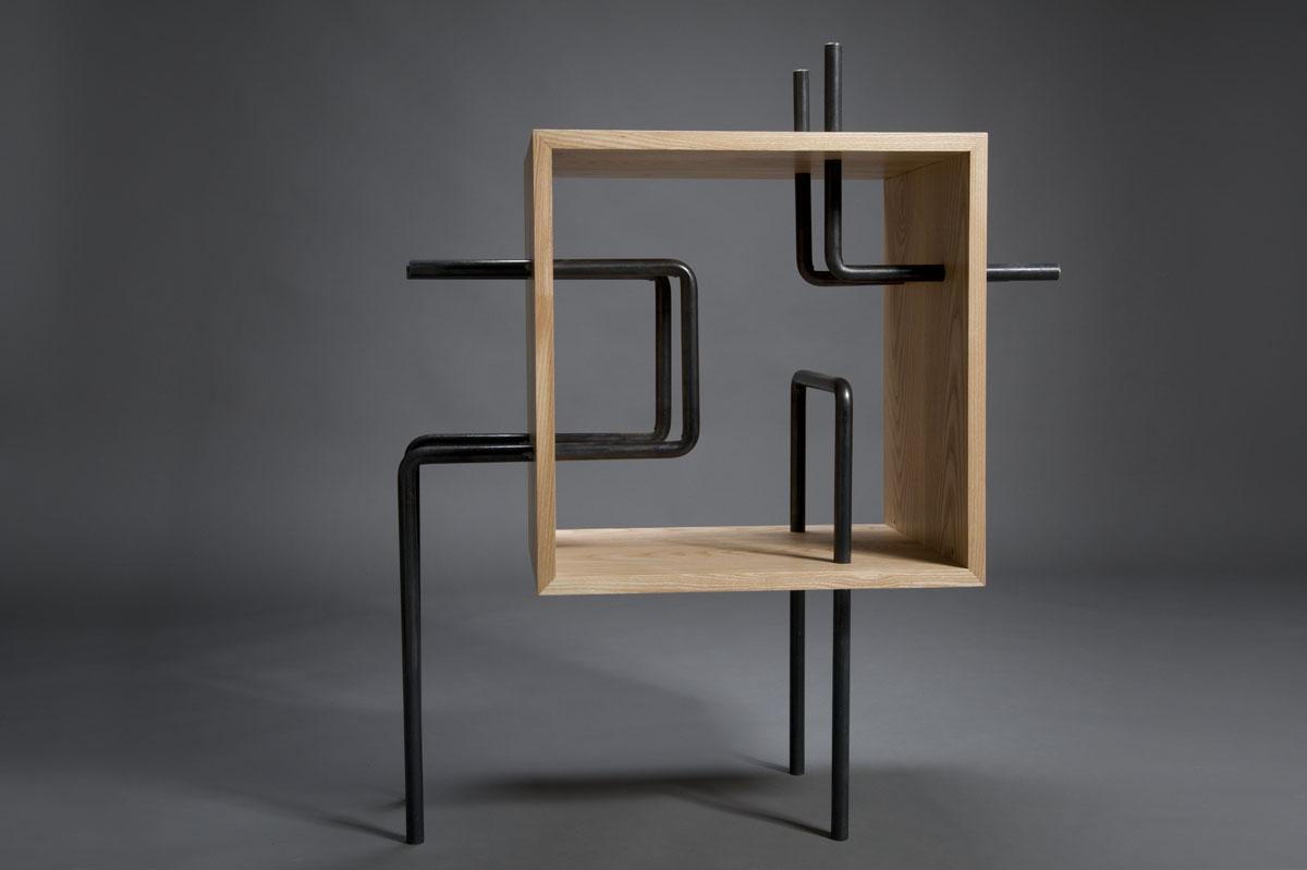 cubo tubo libreria ferro e legno