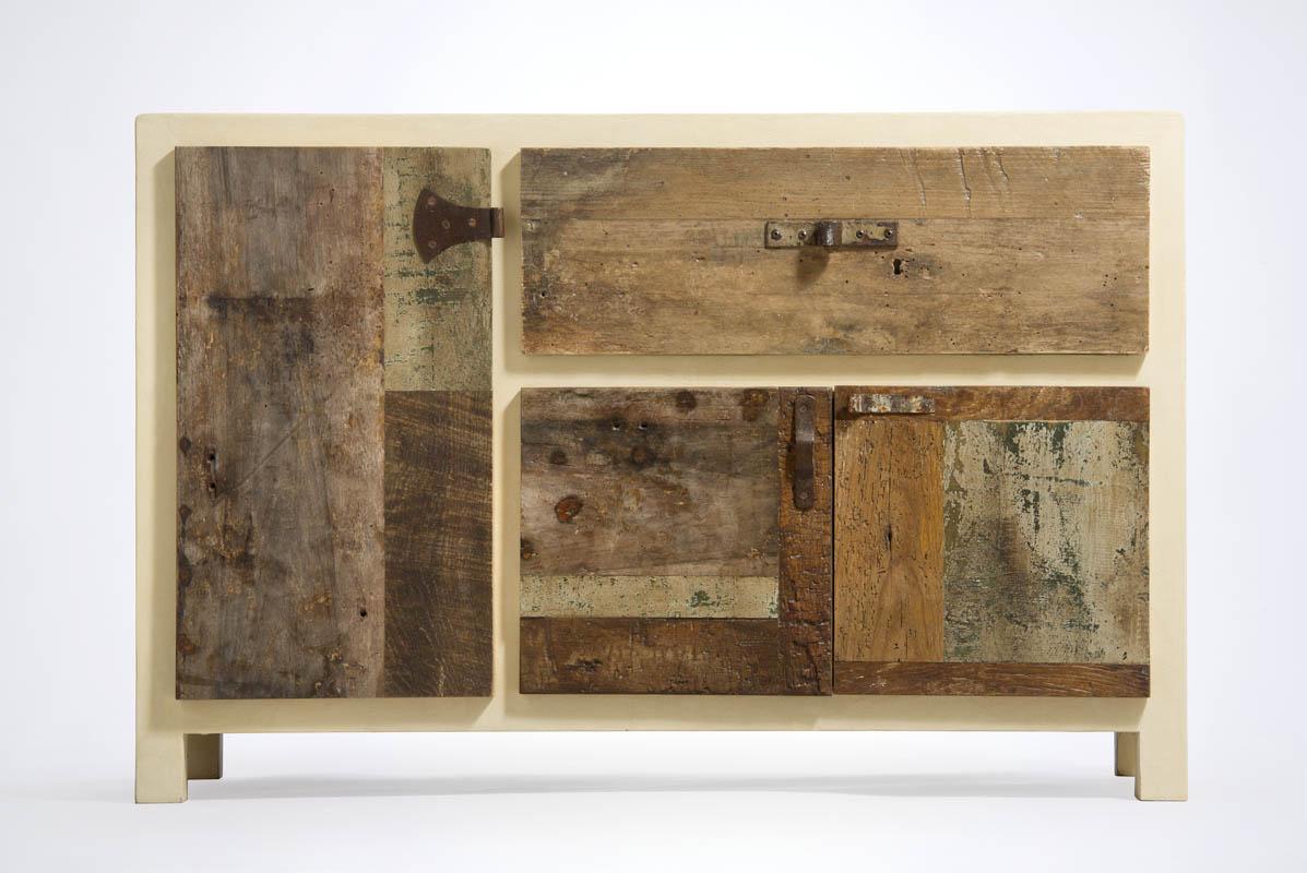 credenza artica in resina colorata e legno riciclato
