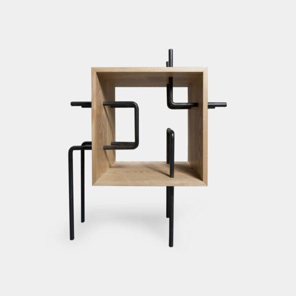 Mini libreria in legno massello e ferro a forma di cubo