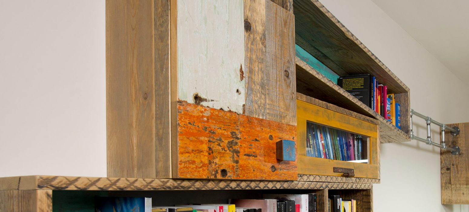 parete attrezzata camera da letto in legno moderna